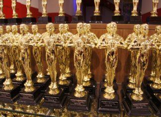 Золотые статуэтки Оскар
