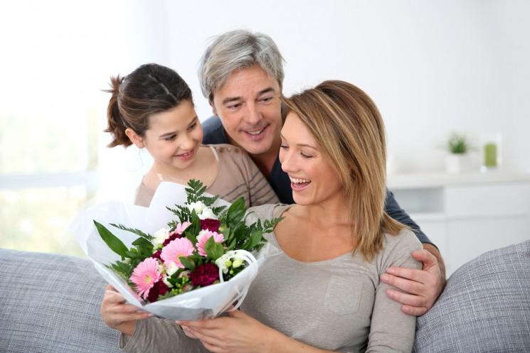 5 идей недорогих подарков для мамы на День матери