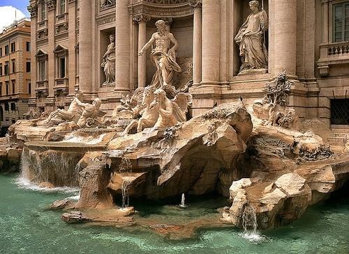 фонтан Треви Италия