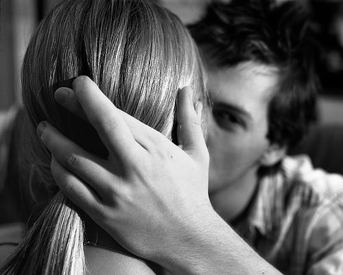 Парень любить целовать ногу девушкам фото 340-769