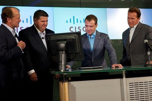 Медведев и Шварцнеггер