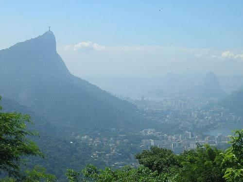 вид на Рио-де-Жанейро с Национального парка Тижука