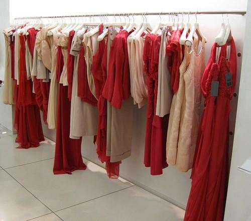 Одежда Ферретти в бутике
