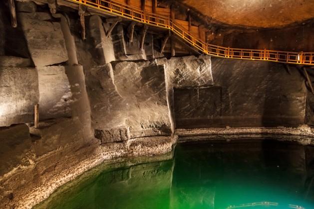 лечебные пещеры в Величке в Польше 3