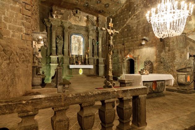 лечебные пещеры в Величке в Польше 5