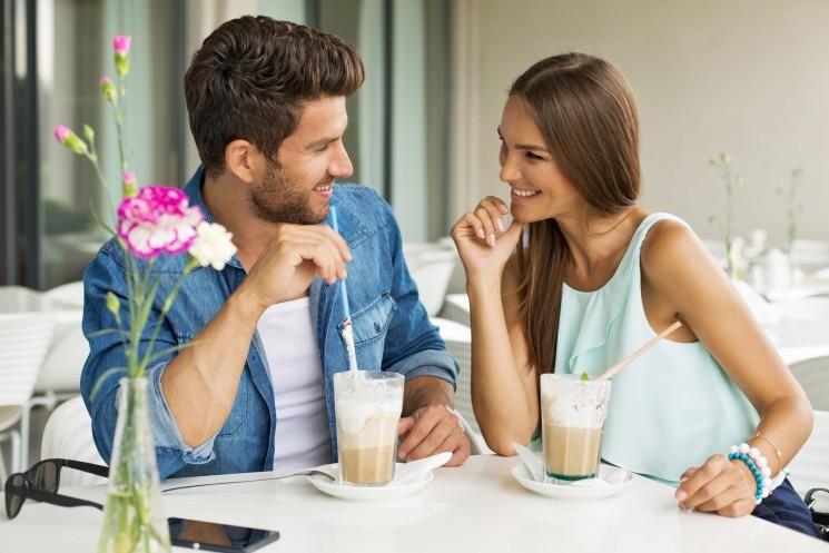 8 способов предложить мужчине встречаться