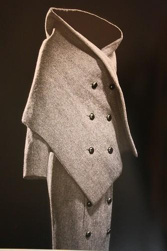 Кристиан Диор начал шить одежду