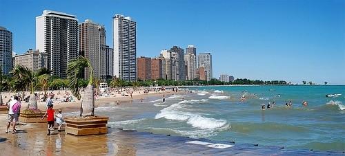 Пляж на Ок Стрит в Чикаго