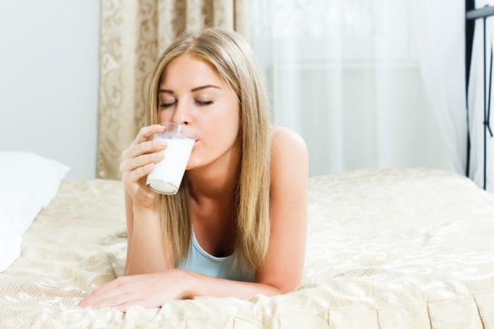 Выпей немного теплого молока