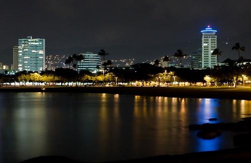 Гавайи в ночное время