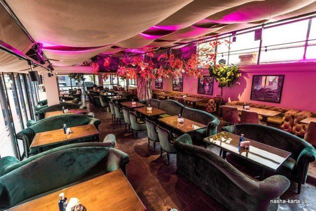 Ресторан «Сейф» 12 лучших ресторанов в центре Киева 3