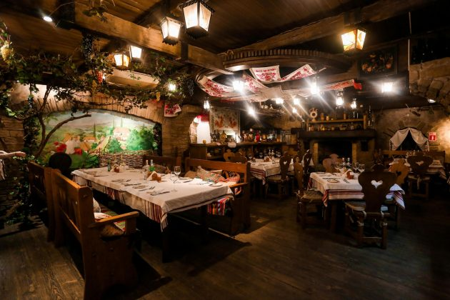 Ресторан Царское Село 12 лучших ресторанов в центре Киева 4