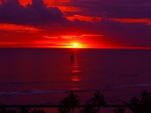 Удивительный закат на Гавайях