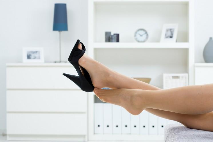 10 способов избавиться от трещин на пятках в домашних условиях