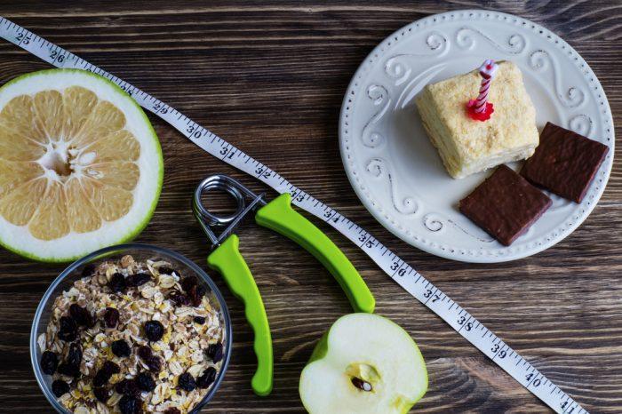 Десерт, овсянка,пол яблока и памело