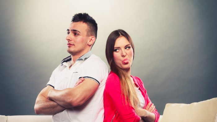 Говори всегда после собеседника - Девушка с парнем