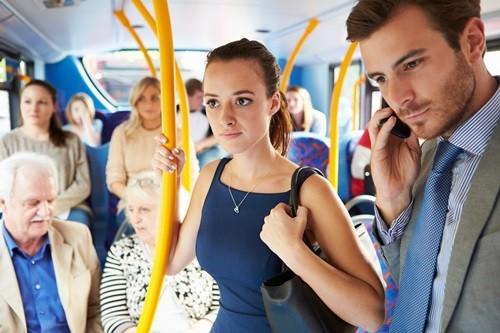 Плюсы и Минусы Езды в Общественном Транспорте