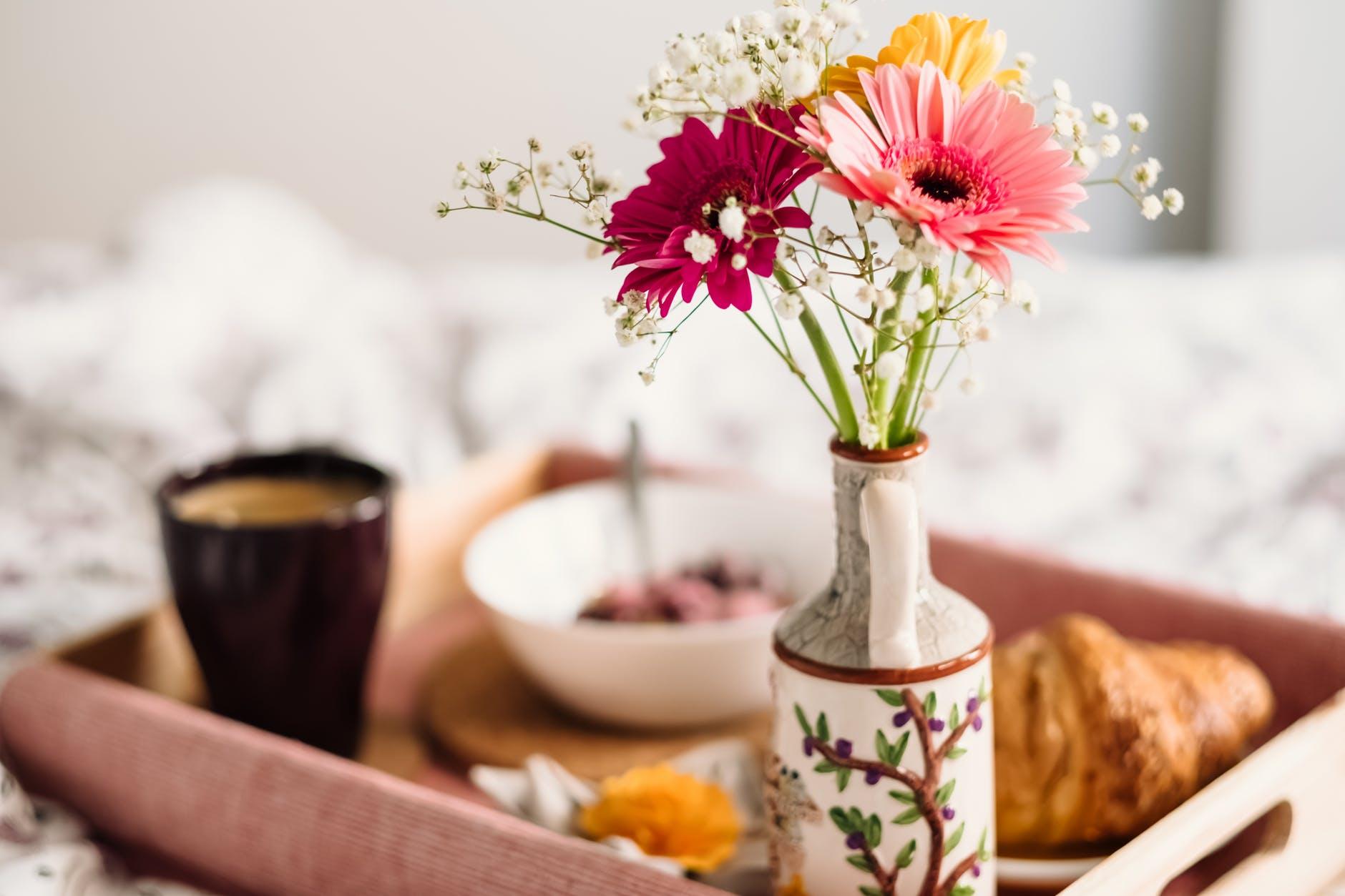 40 ваз для цветов по технике декупаж своими руками