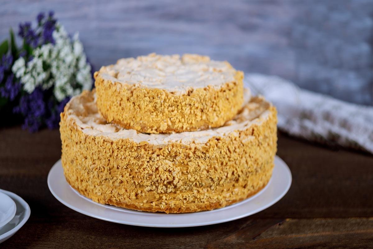 Рецепт необыкновенно вкусного домашнего торта наполеон