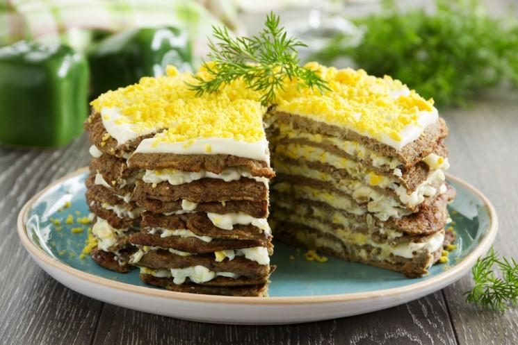 Видеорецепт приготовления печёночного торта