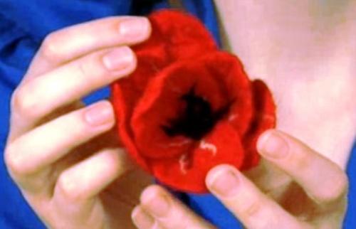 Цветок из войлока
