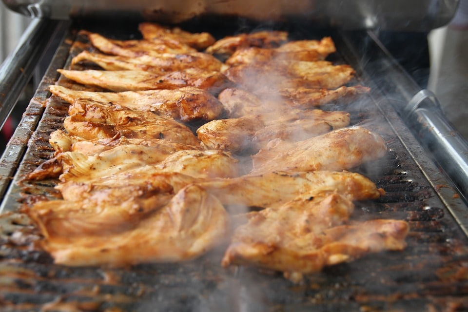 3 блюда из курицы в соусе - Куриные крылышки медовые в пиве
