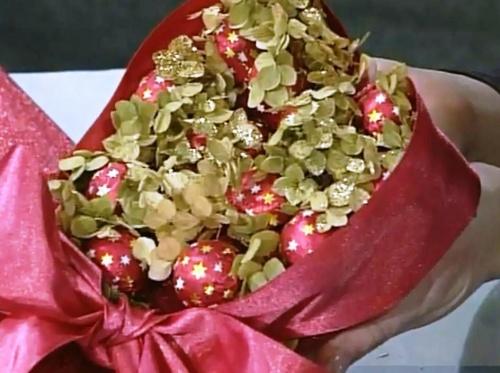 Сладкая валентинка с сюрпризом своими руками