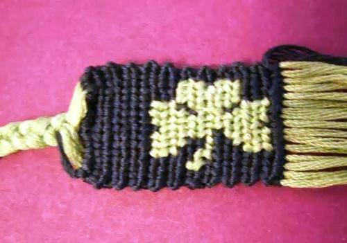 Плетение фенечки прямым плетением