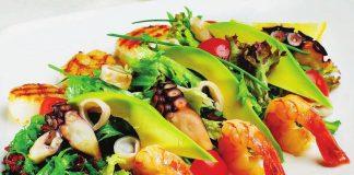 4 рецепта салата для романтического ужина 8 Марта