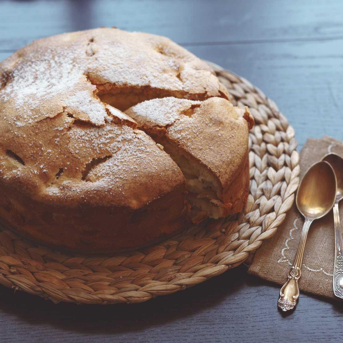 Приготовление сладкого пирога