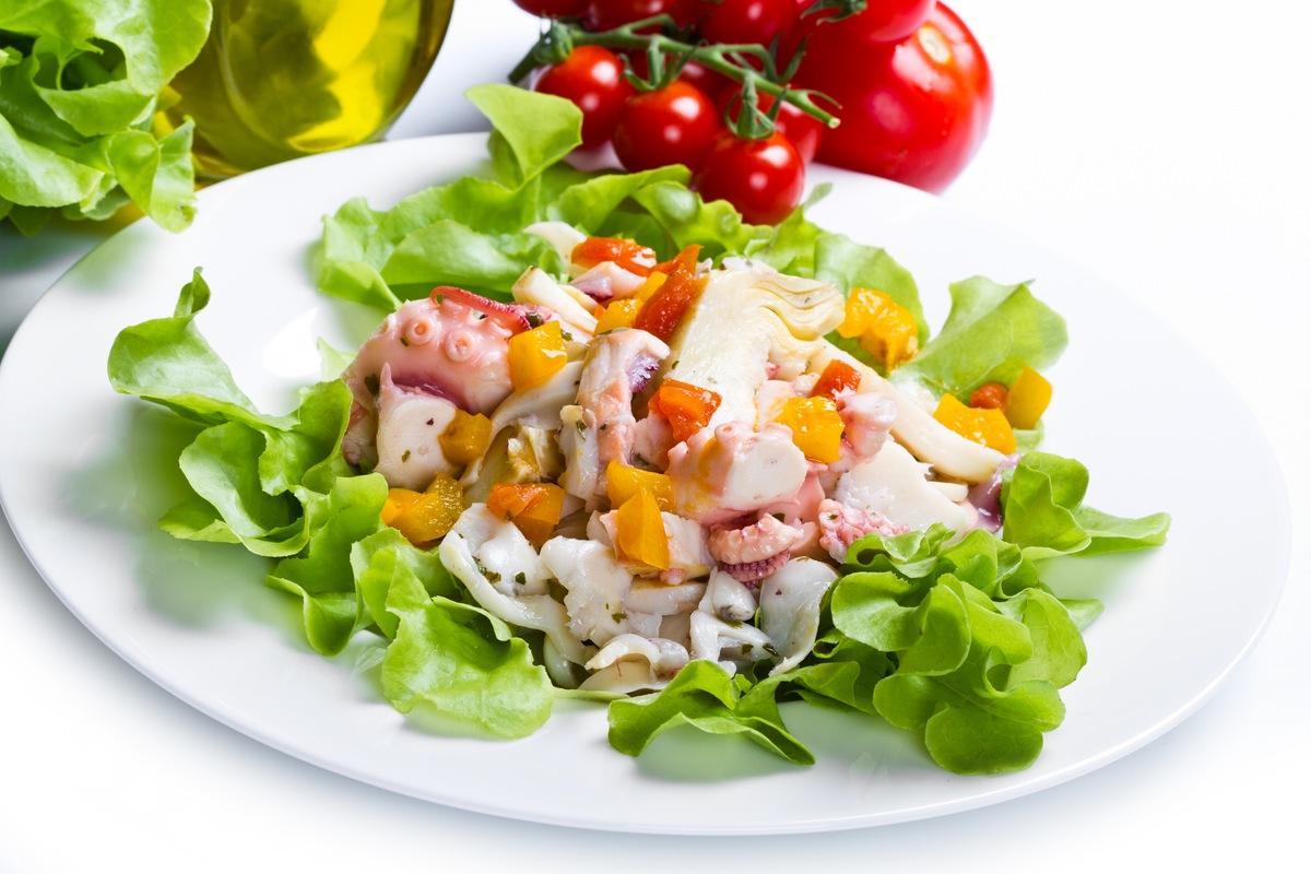 Салат из осьминога для любимой