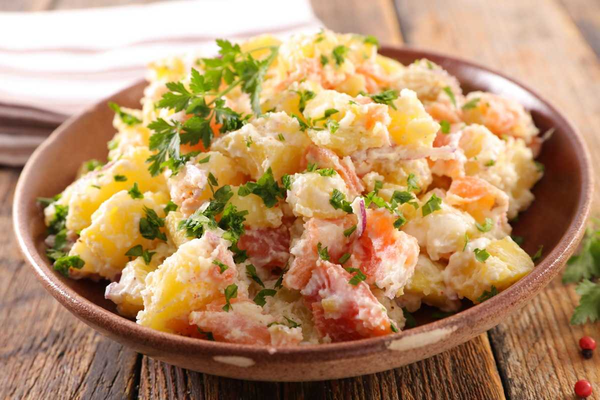 Готовим салат с семгой 9 рецептов салата из морепродуктов