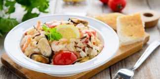 Оригинальный салат с морепродуктами и рисом 9 рецептов салата из морепродуктов
