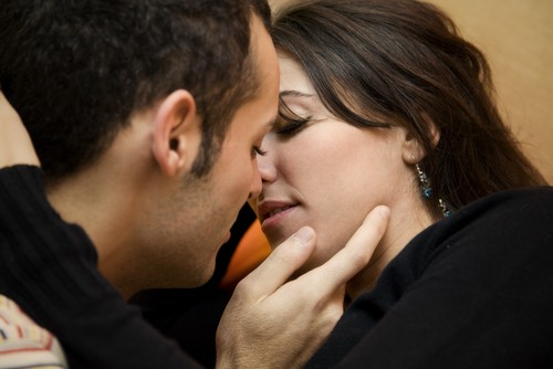 10 Полезных Советов для Хорошего Поцелуя