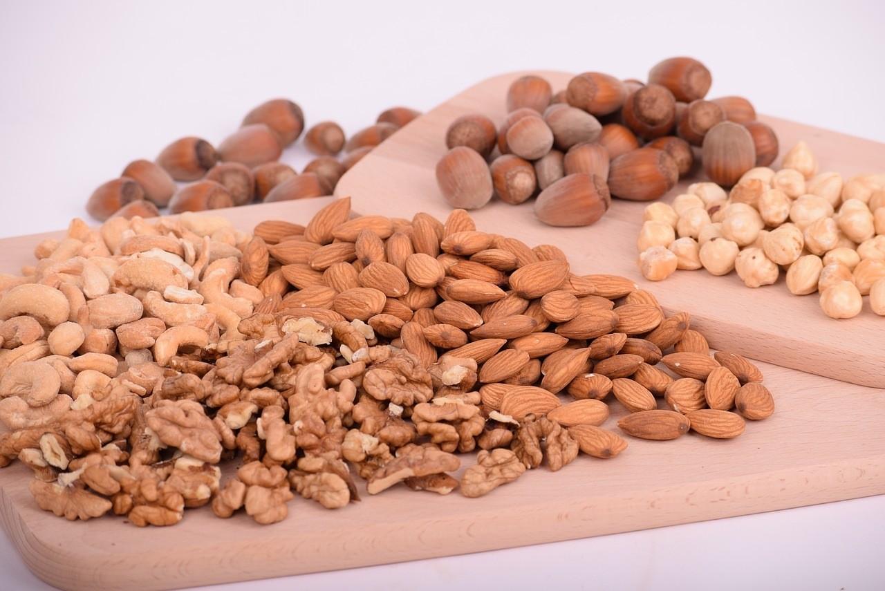 15 продуктов для повышения детского иммунитета - Орехи