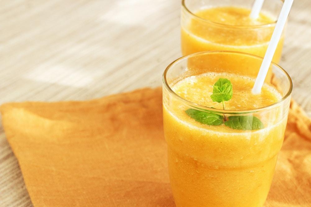 Смузи с апельсином и лимоном