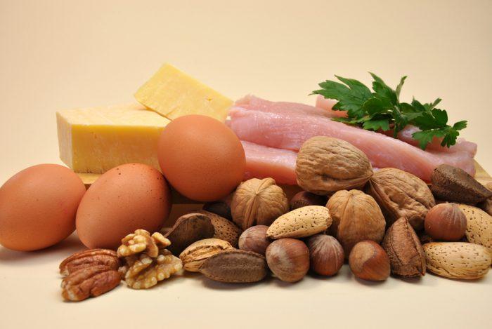 Яйца,сыр,орехи, мясо