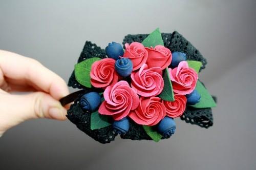 Ободок «Крокусы розовые» из полимерной глины