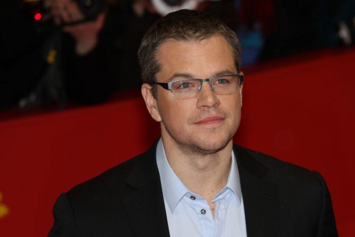 Мэтт Дэймон в прозрачных очках