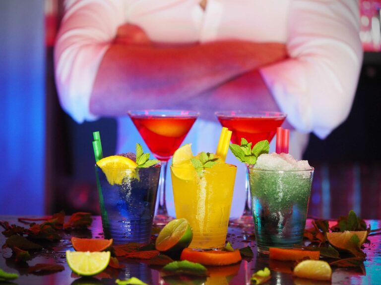 7 ярких и вкусных летних коктейлей