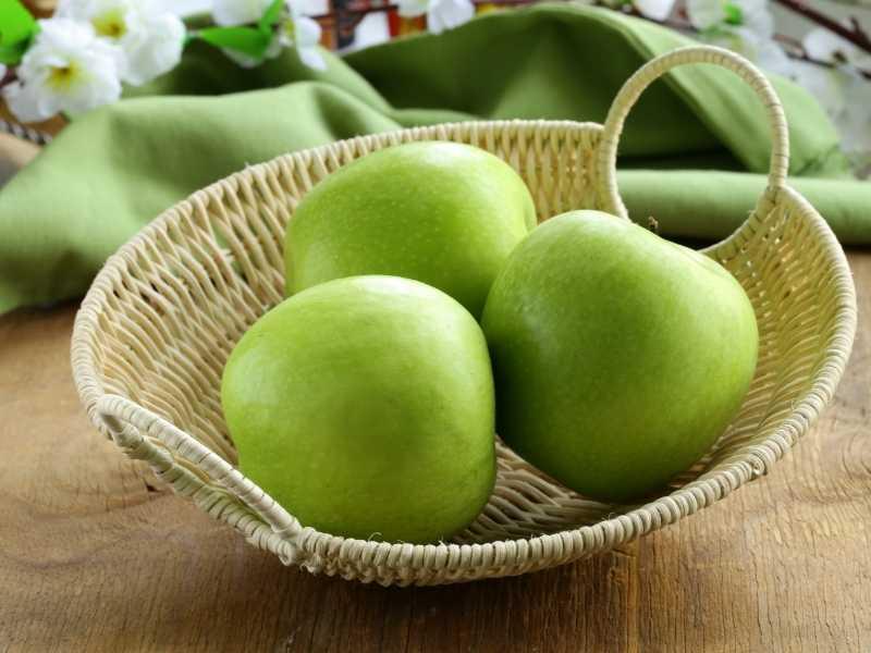 Яблоки при вздутии живота
