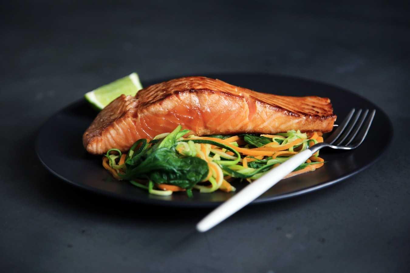 4 способа приготовления лосося Лосось с хрустящей корочкой