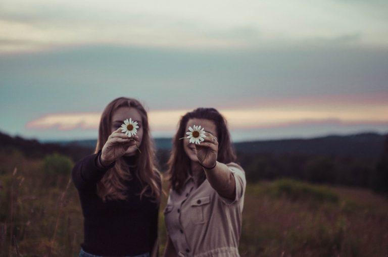 8 способов помириться с лучшей подругой