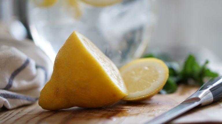 9 способов использования лимонов для здоровья и красоты