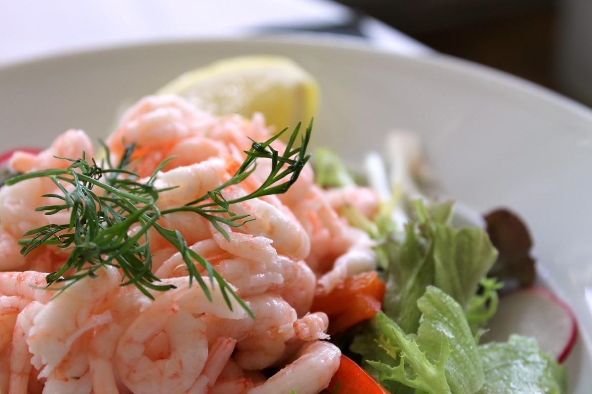 5 чудесных салатов к празднику 14 февраля Карибский салат