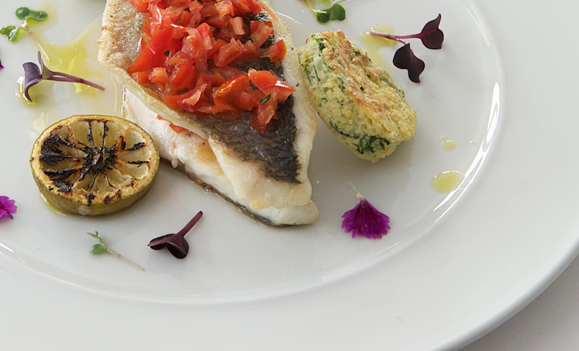 7 простых рецептов для приготовления рыбы - Судак по-венгерски