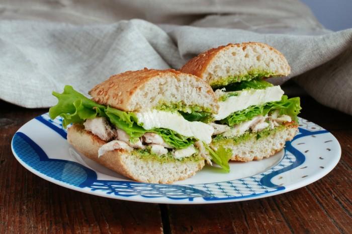 Бутерброд с курицей