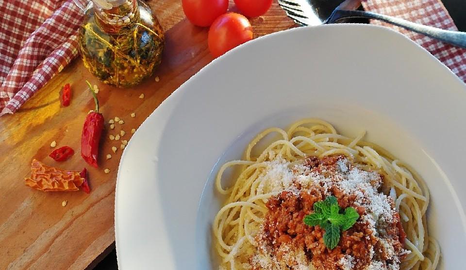 4 простых и вкусных блюда из макарон - Спагетти Болоньезе