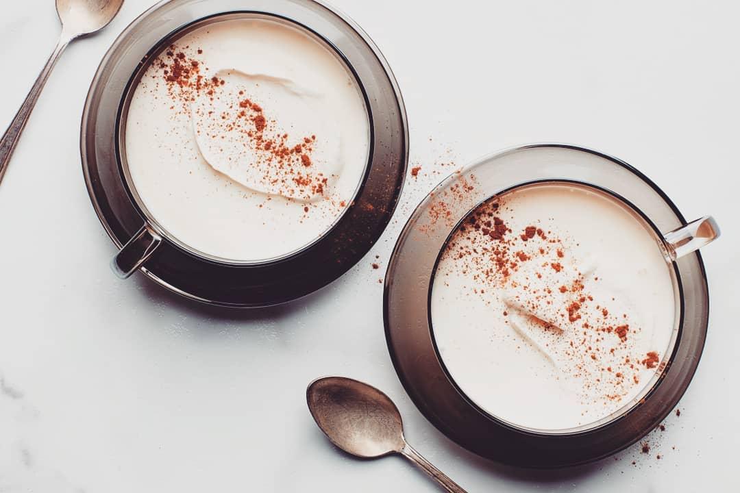 6 рецептов горячего шоколада для влюбленных Белый горячий шоколад со специями