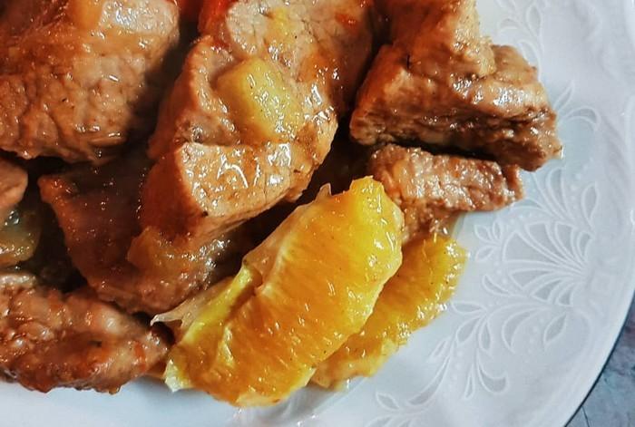 Блюда с кроликом - Тушеный кролик с черносливом и апельсинами